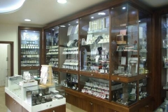 Jewellers-Display-Cabinet-Glass